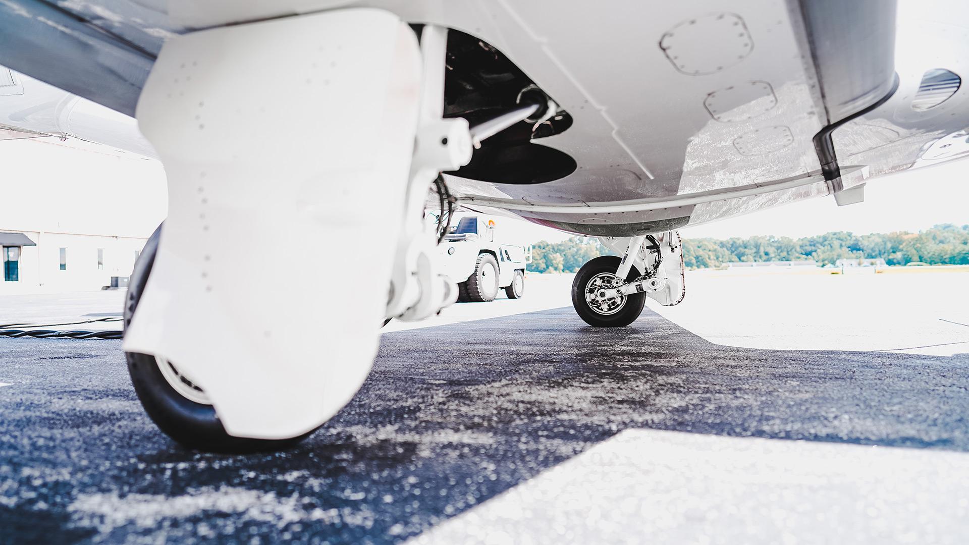 phenom-landing-gear3